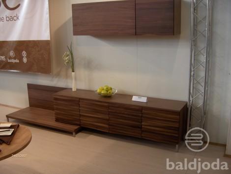 """Kolekcija """"BANGA"""" buvo pristatyta tarptautinėje baldų parodoje Vilniuje"""